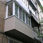 Остекление балкона в зависимости от серии дома