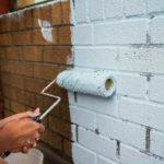 Без этой информации вы не сможете правильно покрасить кирпичную стену на балконе