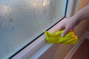 Влага на окнах