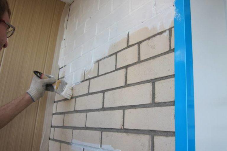 Как и чем покрасить кирпичную стену на балконе и лоджии само.