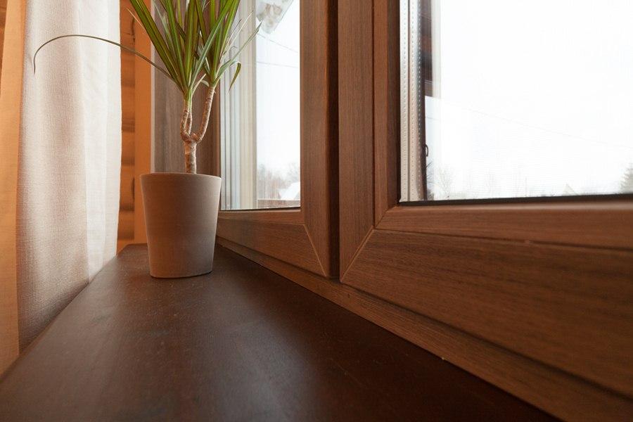 Окна и подоконники в доме: выбор в пользу экологичности