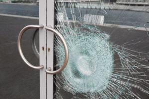 Защита стеклопакета от взлома