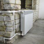 Отопление на балконе - варианты и тонкости установки